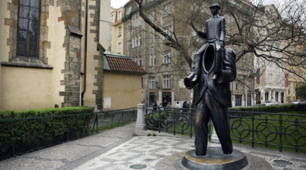 Prague kafka2.jpg