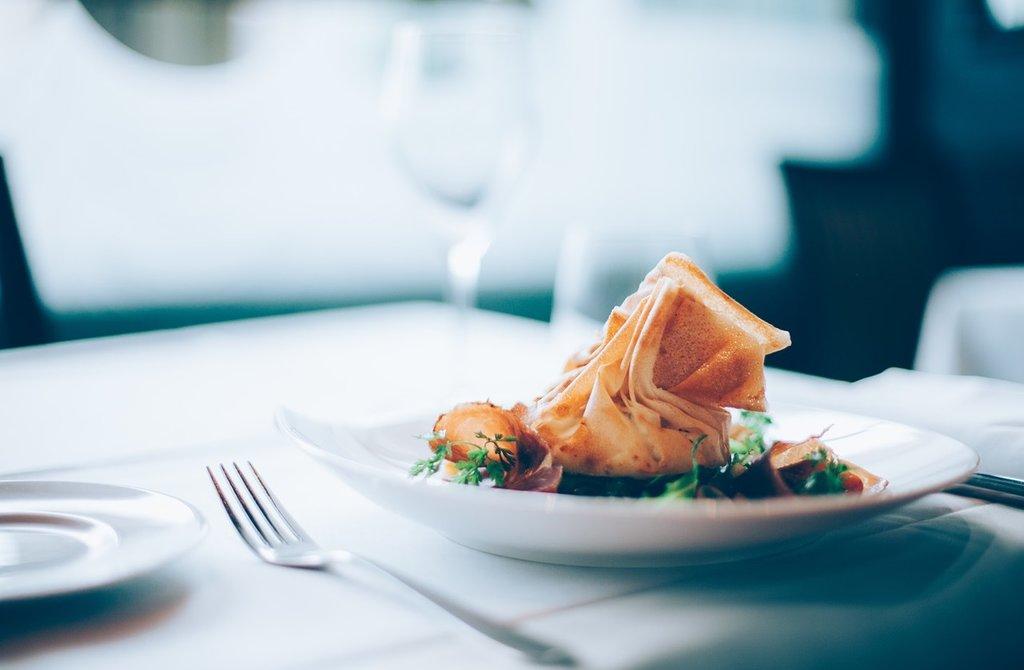 Restaurant_PIxabay.jpg