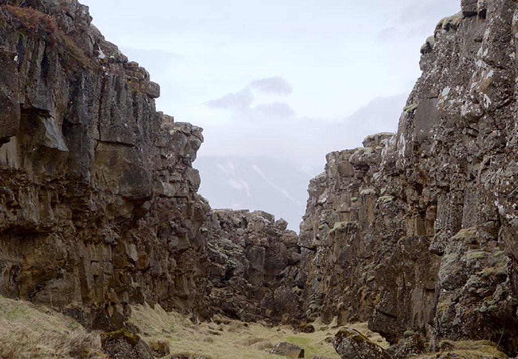 GOT_Reykjavik_Valley.jpg