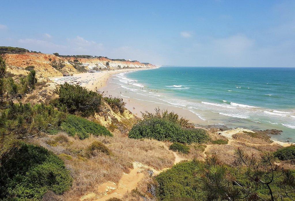 Algarve-Albufeira_VisualHunt.jpg