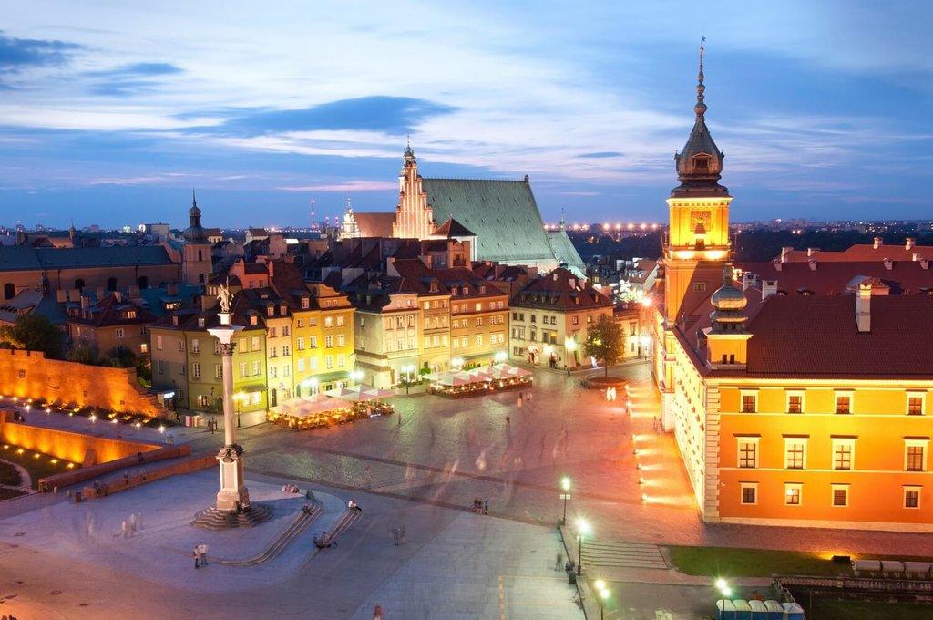 Warsaw-Nightlife_GettyImages.jpg