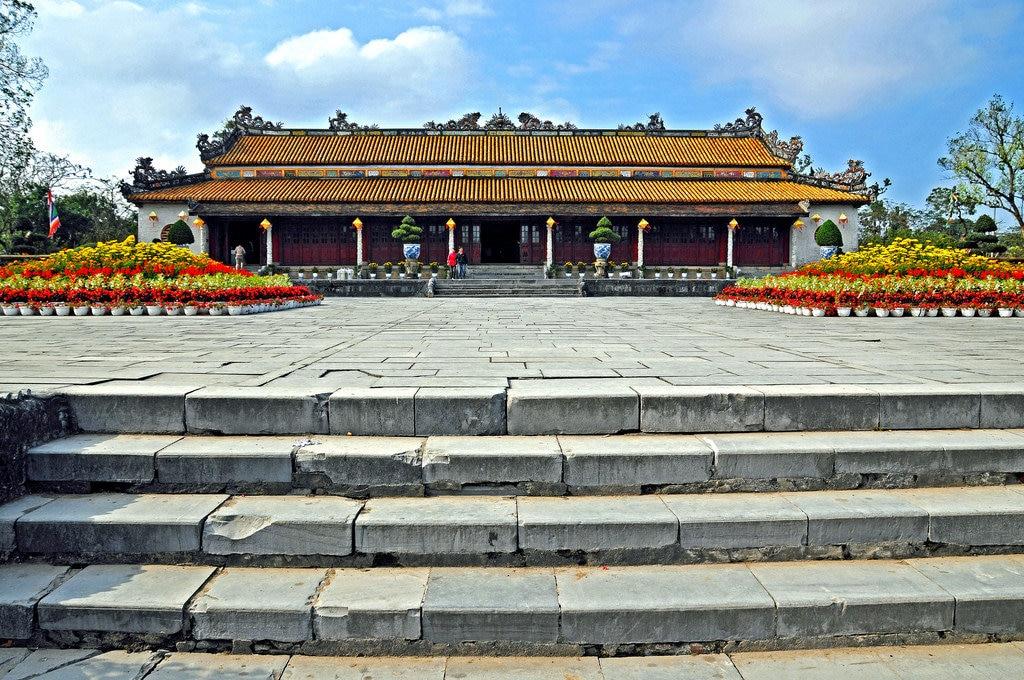 vietnam-royal-1.jpg