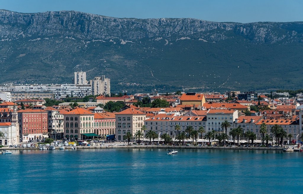 Split-Croatia-Dont Miss_Pixabay (1).jpg