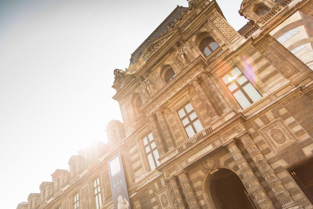 le Palais du Louvre..jpg