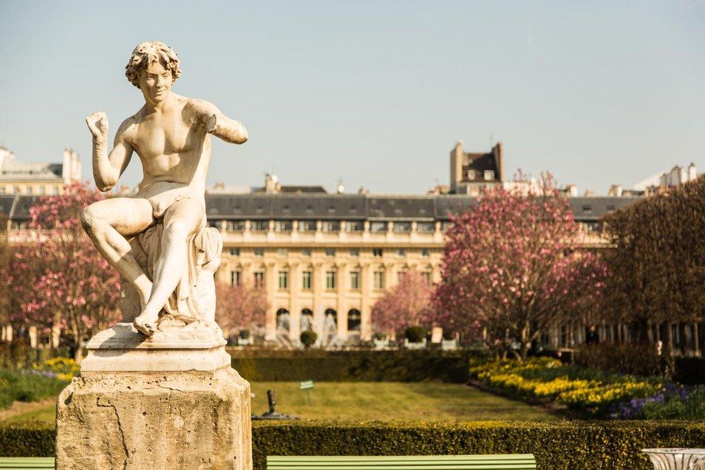 Le jardin du Domaine National du Palais Royal..jpg