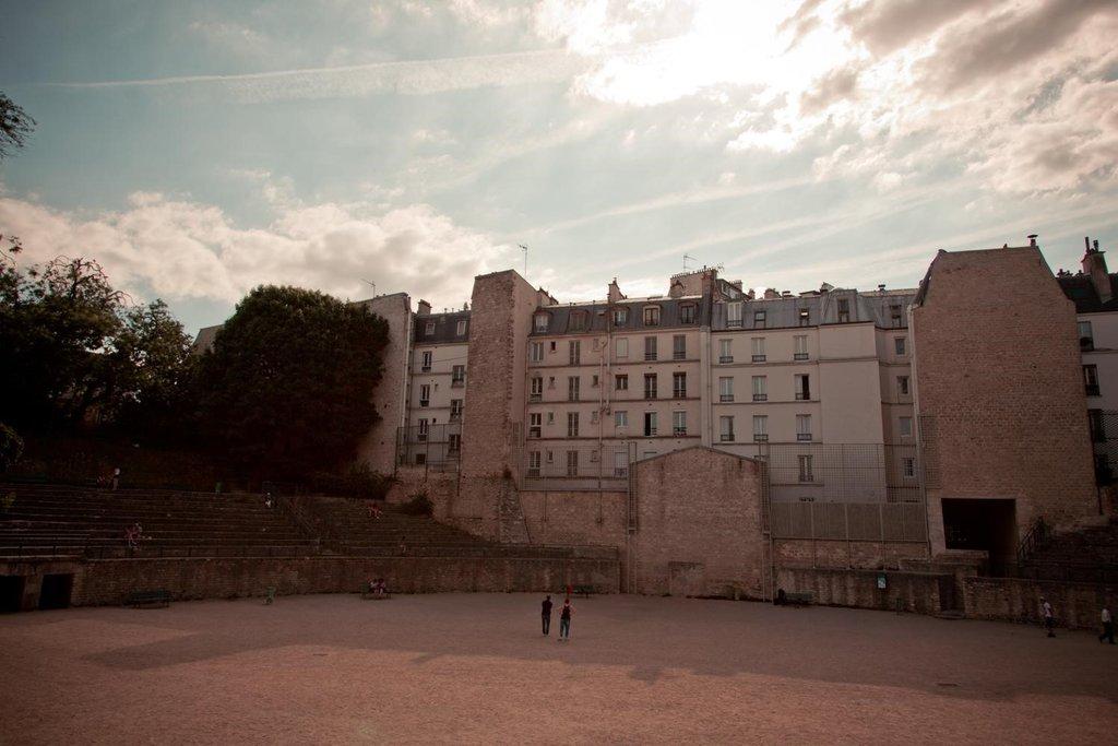 les Arènes de Lutèce - 75005 Paris.jpg