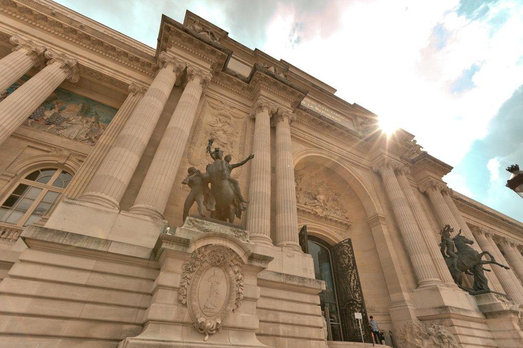 le Palais de la Découverte - 75008 Paris..jpg