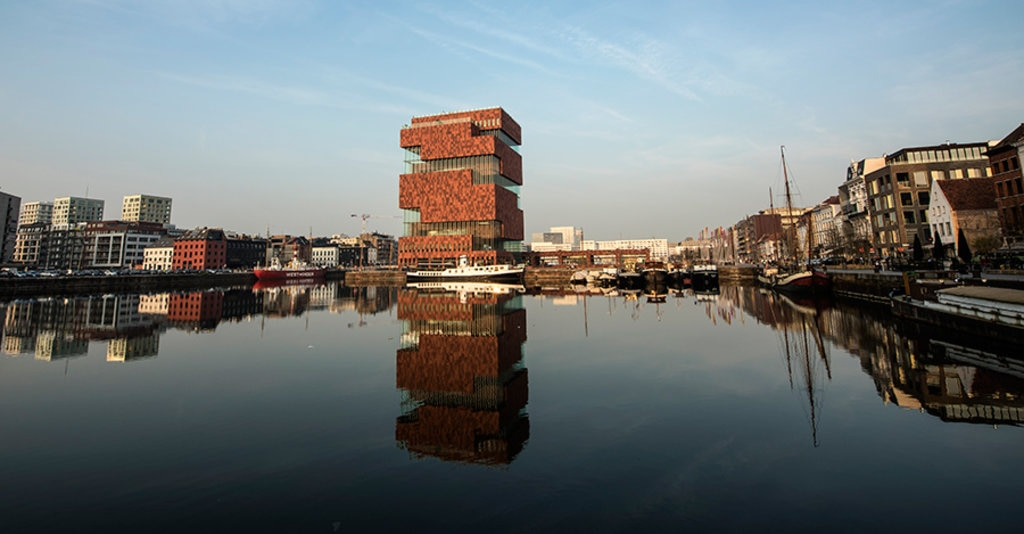 Antwerp_museum.jpg