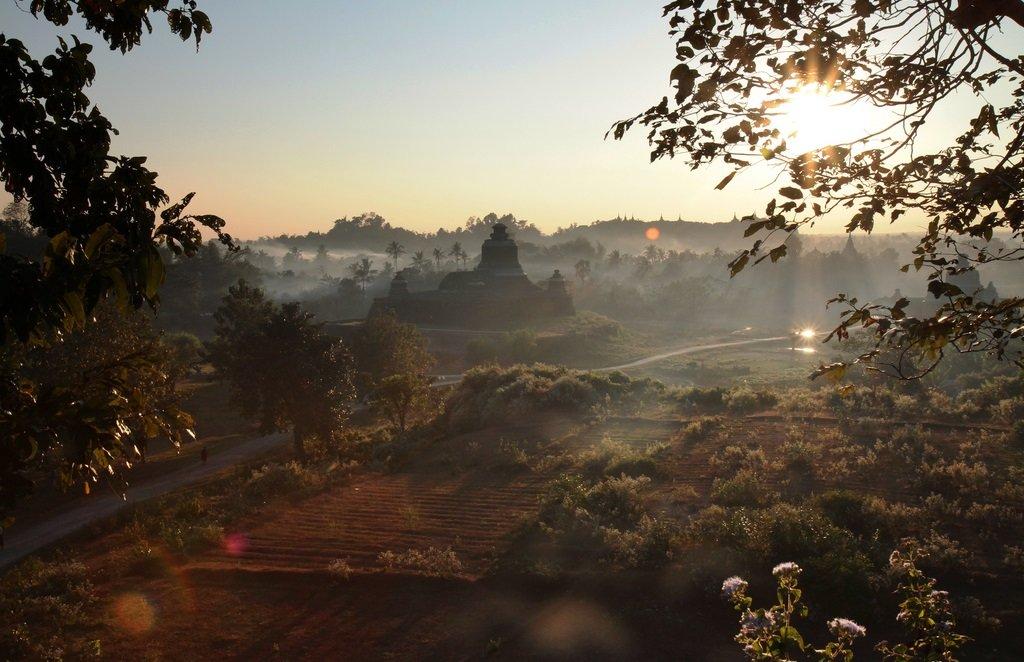 Myanmar-Relax-Mrauk U_VisualHunt.jpg