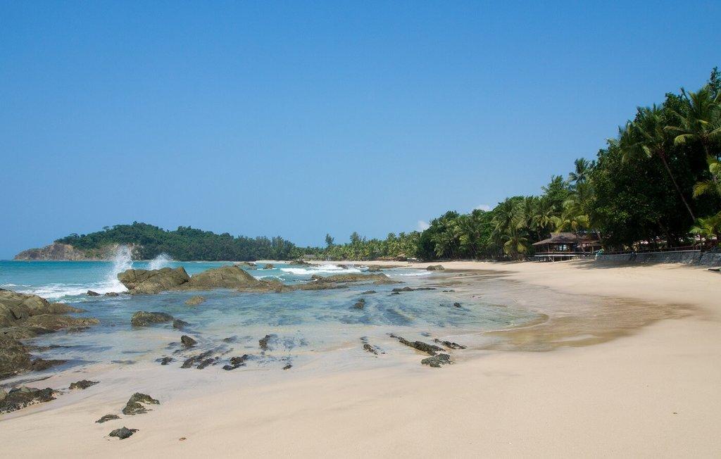 Myanmar-Relax-Ngapali Beach_VisualHunt.jpg