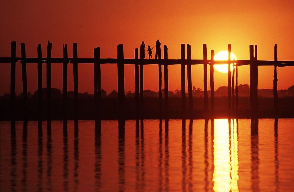 Myanmar-Culture-U Bein Bridge_VisualHunt.jpg