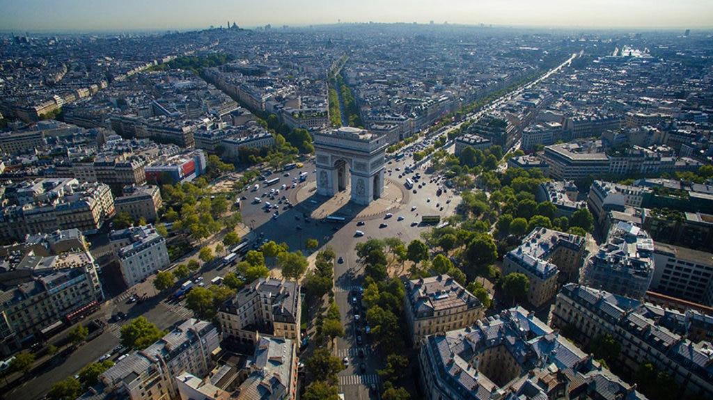 Paris_view2.jpg