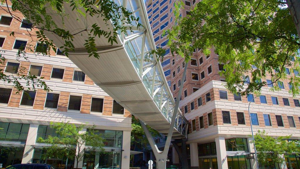 Bellevue featuring a bridge and street scenes