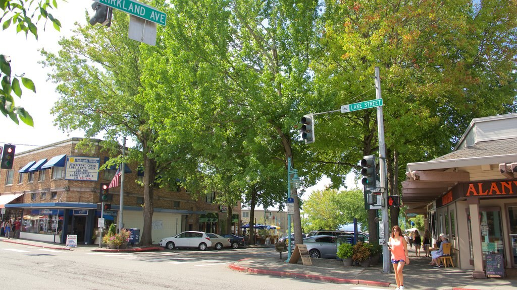 Kirkland featuring street scenes