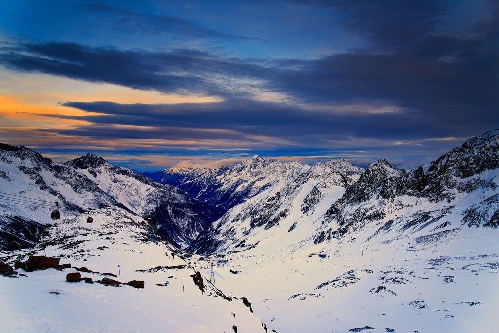 Tirol_Family_ski_Flickr.jpg