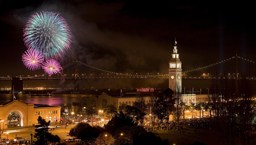 San Francisco_NewYear_Fireworks_Flickr.jpg