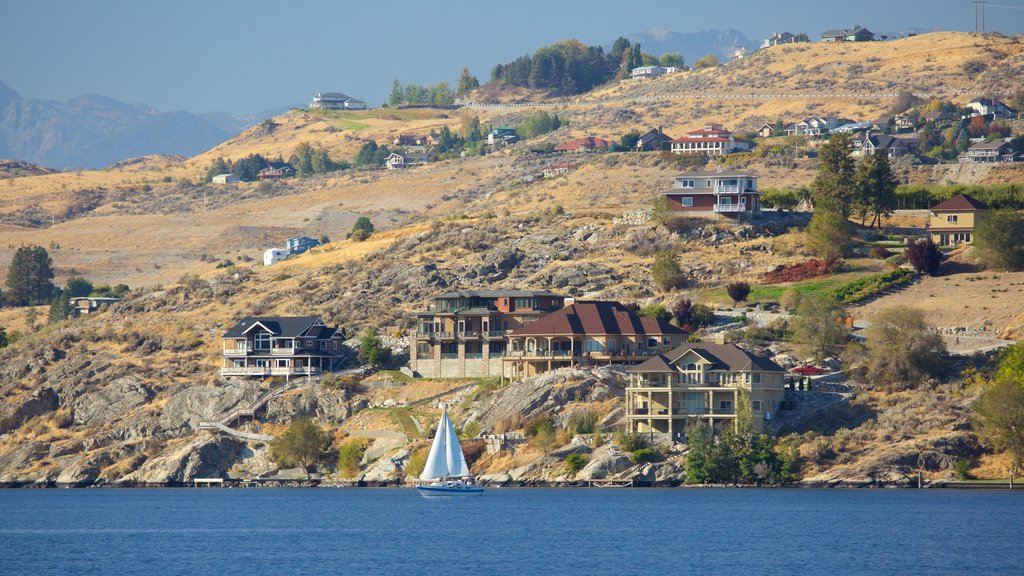 Lake Chelan which includes general coastal views, sailing and a coastal town