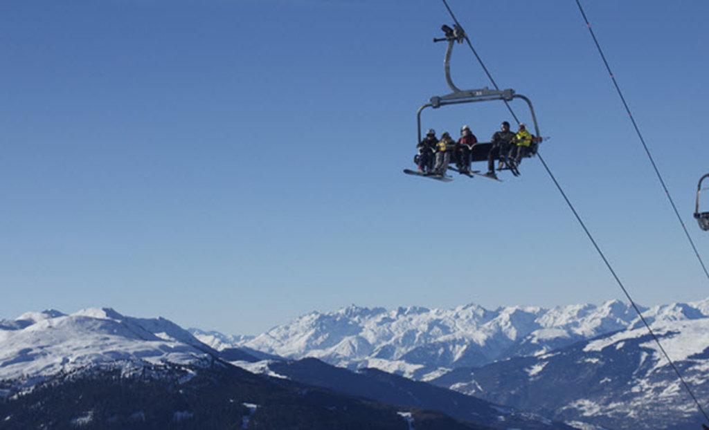 la plagne ski lift.jpg