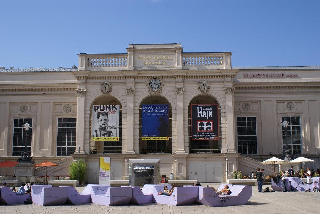 Vienna_inthetracesof_MuseumsQuartier_Flickr.jpg