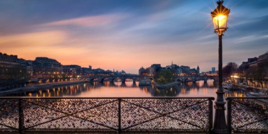 paris_pont_des_arts.jpg