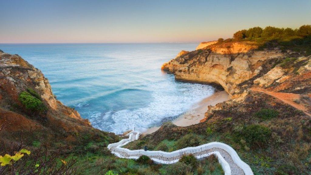 Algarve_romantic_coast_EDAM.jpg