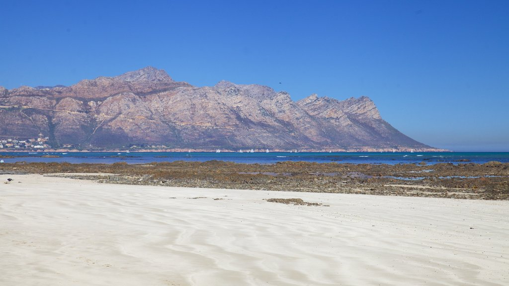 Strand which includes landscape views, general coastal views and mountains
