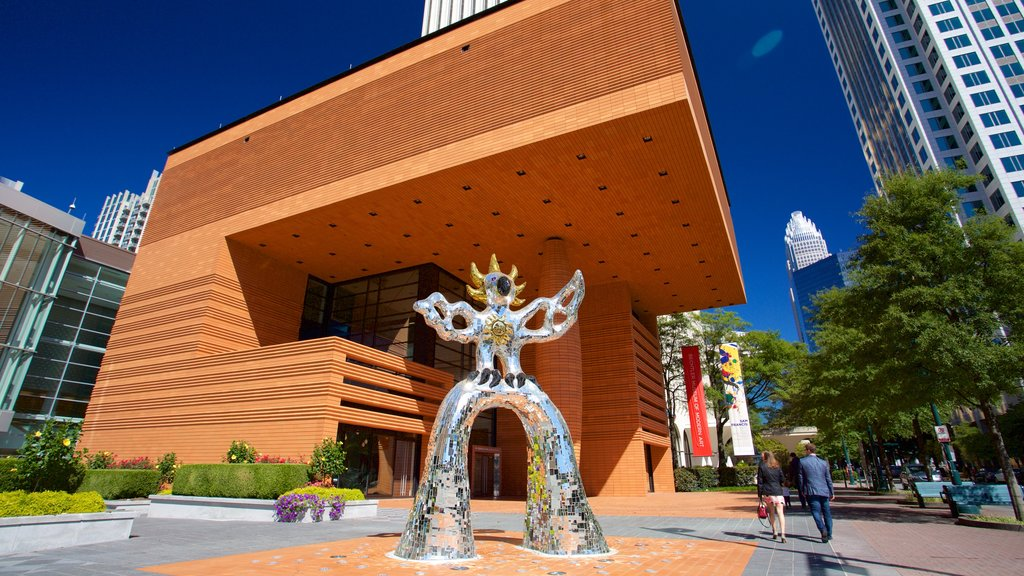 Bechtler Museum of Modern Art showing modern architecture and outdoor art