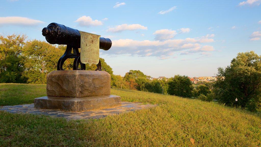 Patterson Park showing a monument and a park