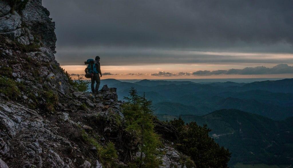 trekking-1024x588.jpg