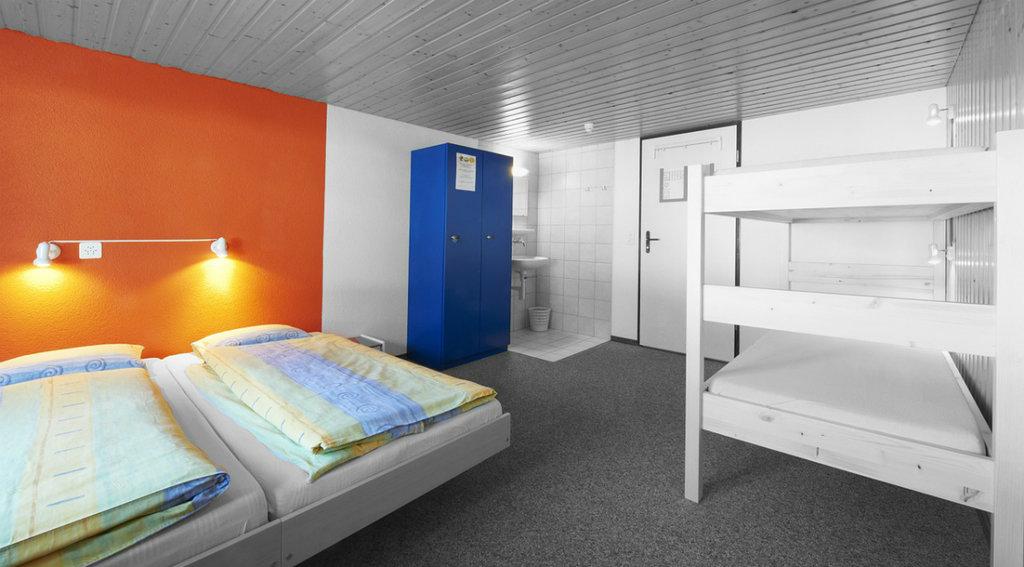 hostel-1024x567.jpg