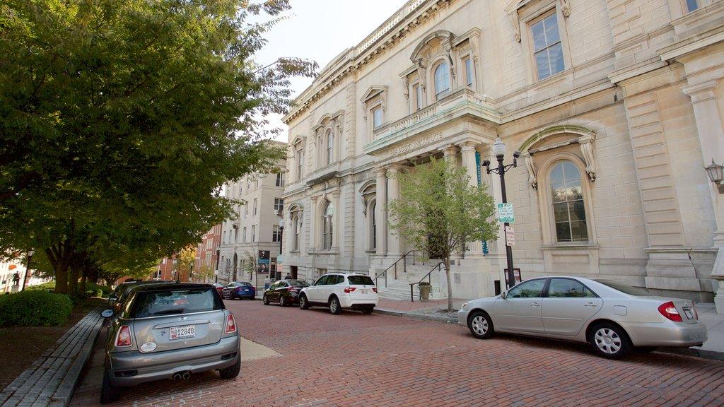 Peabody Institute of the John Hopkins University featuring heritage architecture