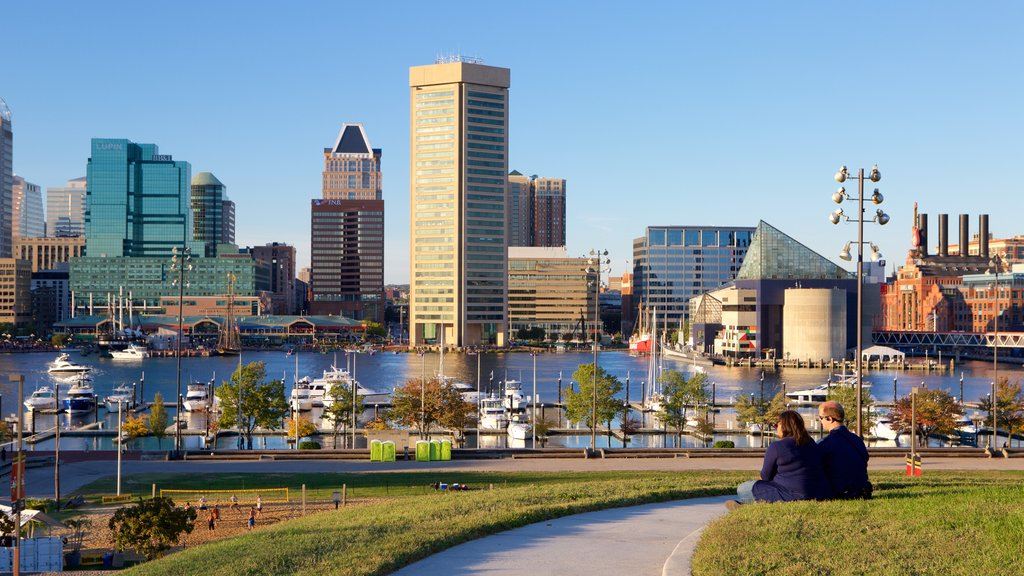 Federal Hill Park which includes skyline, a marina and a city