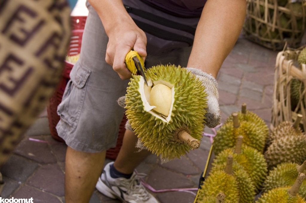 durian-oeffnen-1024x681.jpg