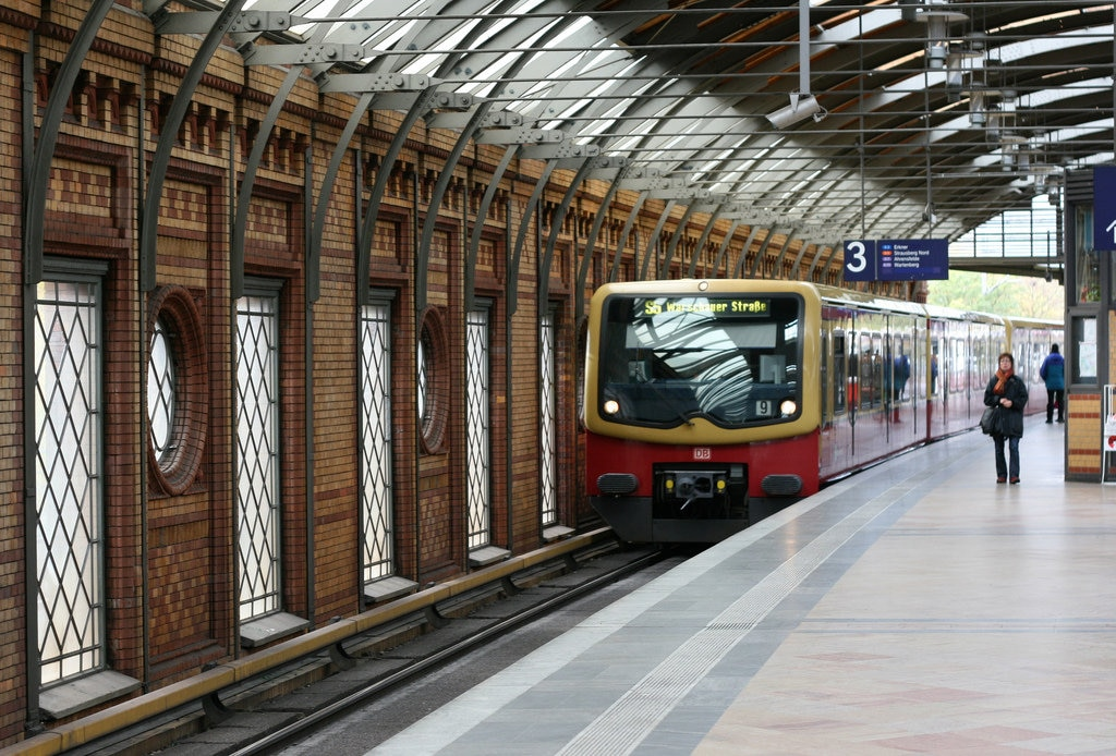 hackescher-markt-station-1024x694.jpg