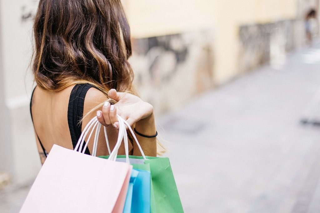 shopping-1024x682.jpg