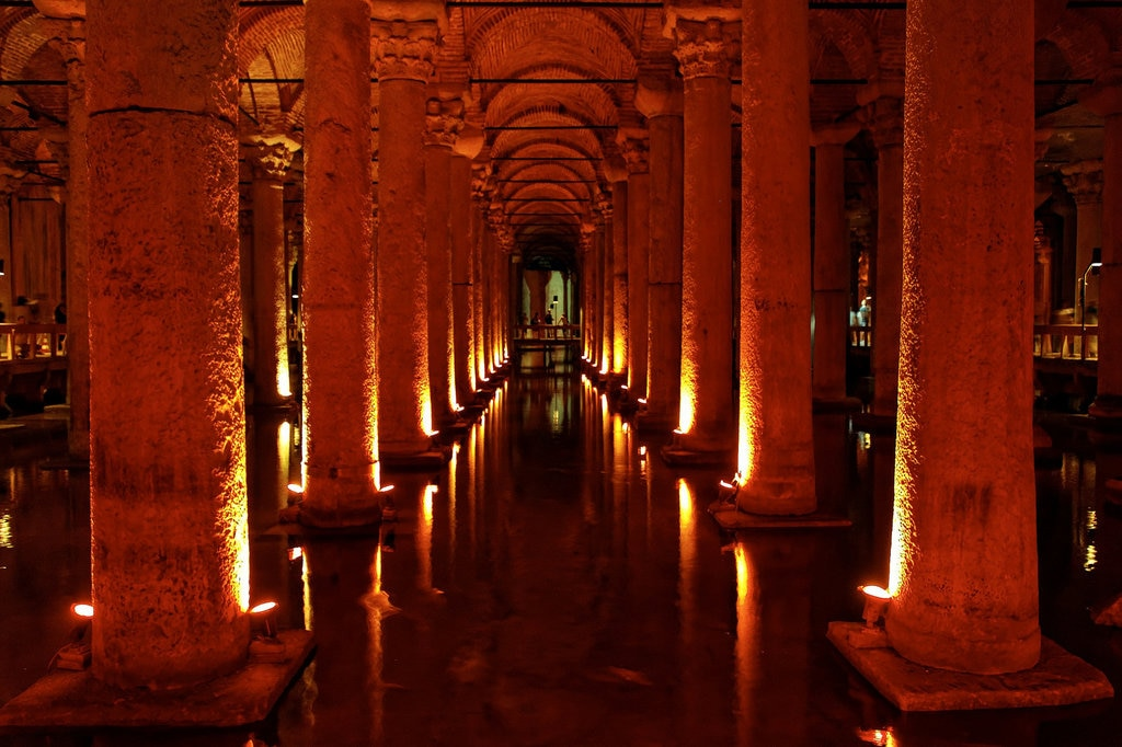 cisterna-basilica-1024x682.jpg