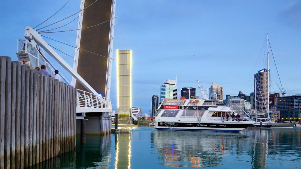 Auckland featuring cruising, a bridge and a city