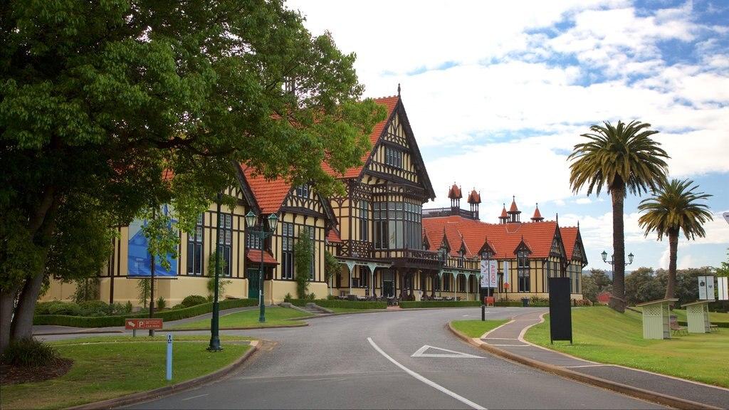 Rotorua Museum of Art and History que incluye patrimonio de arquitectura