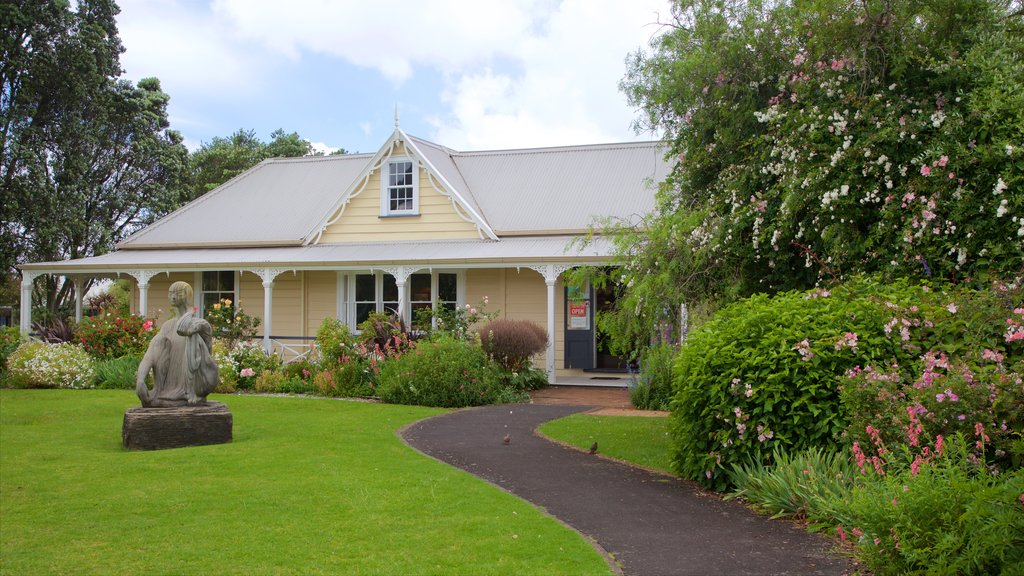 Whangarei mostrando patrimonio de arquitectura, un parque y una casa