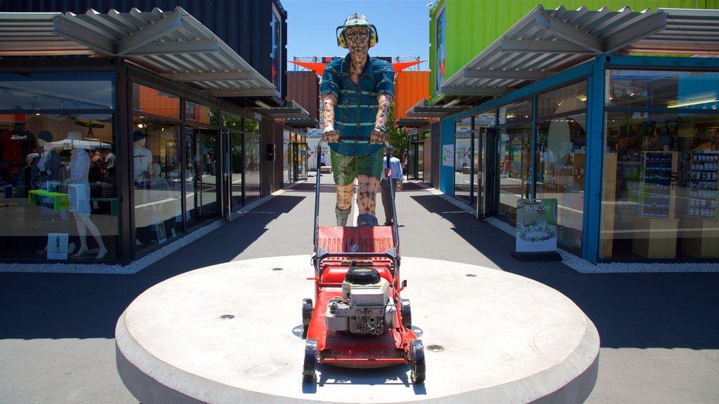 Centro comercial Restart que incluye arte al aire libre