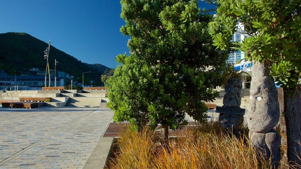 Picton mostrando arte al aire libre y cultura indígena