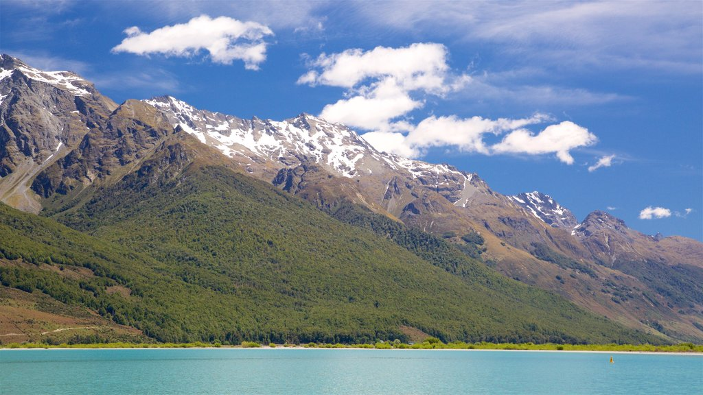 Glenorchy showing forest scenes, a lake or waterhole and mountains