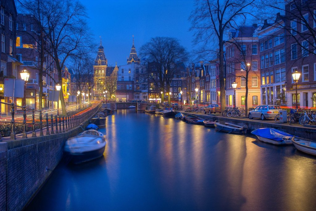 amsterdam-1150319_1920.jpg?1536751584