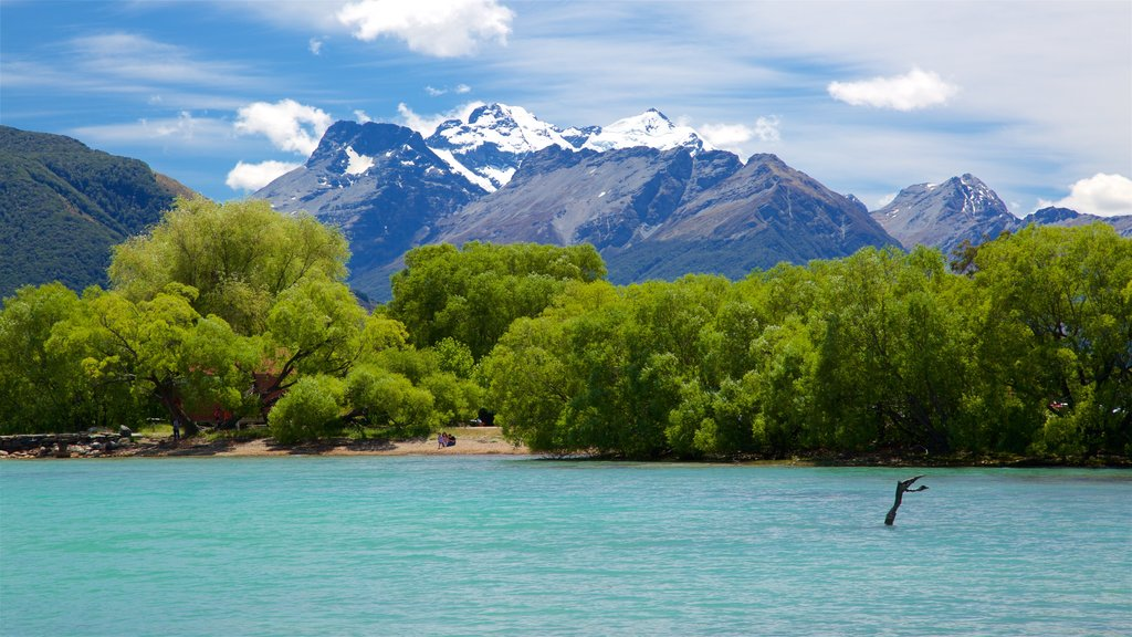Glenorchy featuring mountains and a lake or waterhole
