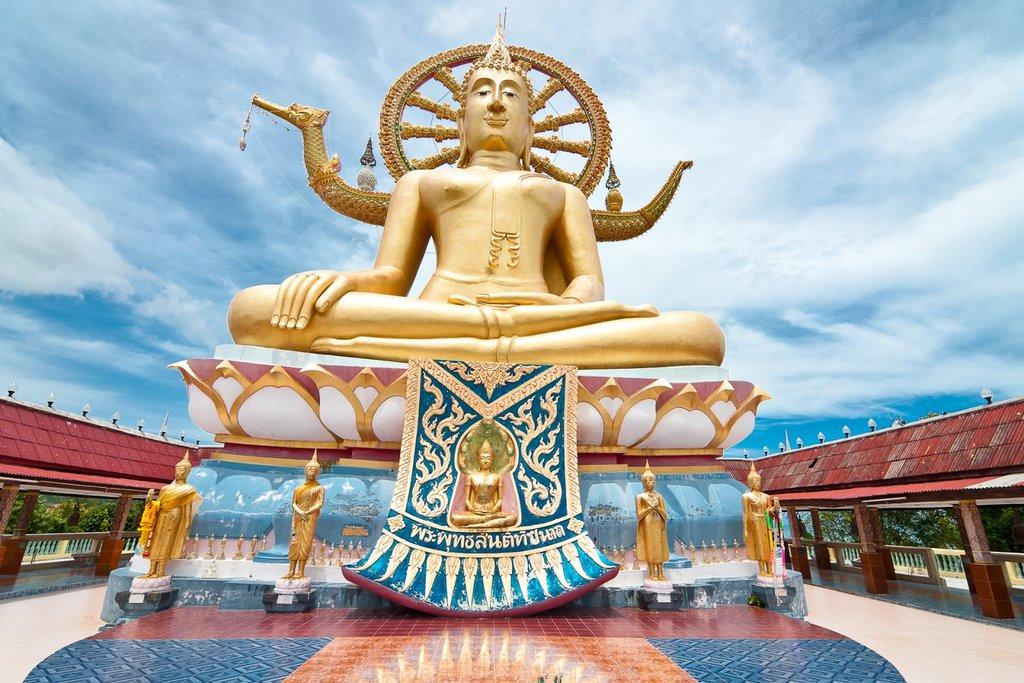 Big_Buddha_in_Big_Buddha_Temple_%28Wat_Phra_Yai%29.jpg?1537438728