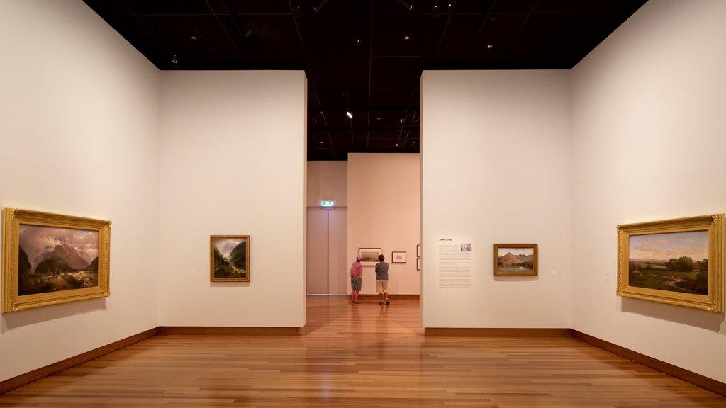 Christchurch Art Gallery ofreciendo vistas interiores
