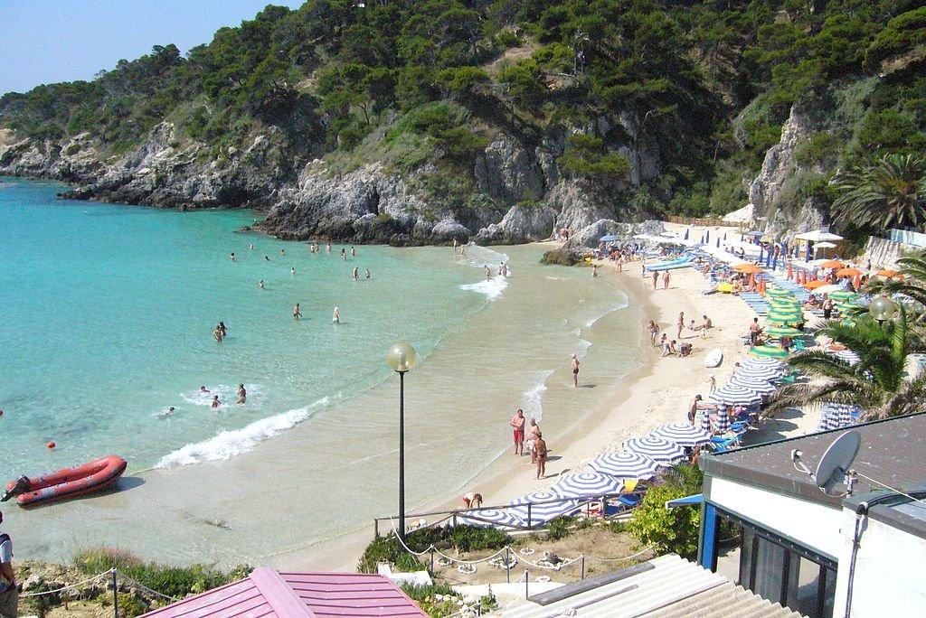 San_Domino-Spiaggia_-_panoramio.jpg?1557267234