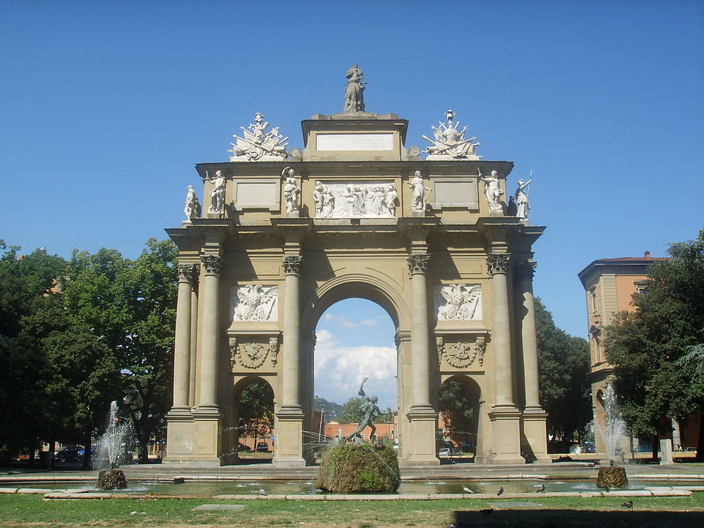 1024px-Arco_piazza_libert%C3%A0_2.JPG?1559681585