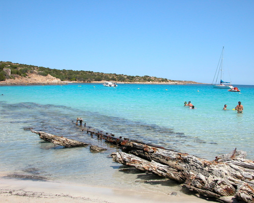 Spiaggia_del_relitto_-_panoramio.jpg?1561952668