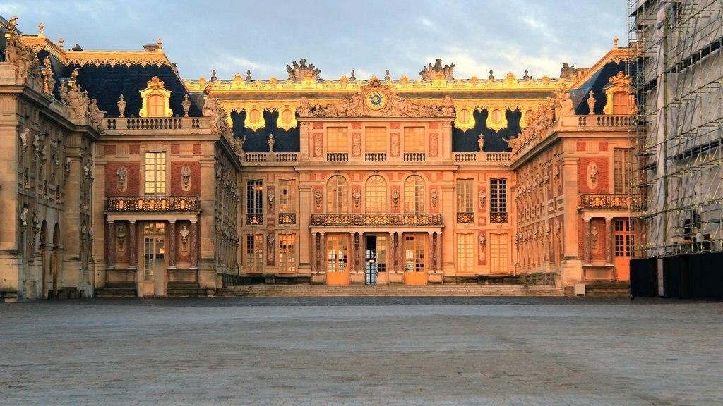 Versalles_Paris.jpg?1553766059